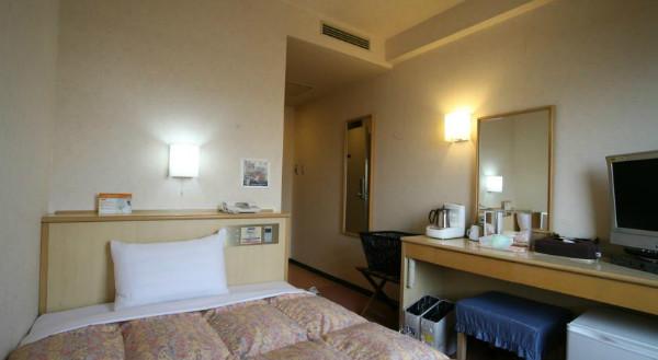 http://img03.jpyoo.com/Hotel/2015/12/17/p1a6n89ihe1t161ktb14281me5jrsu.jpg