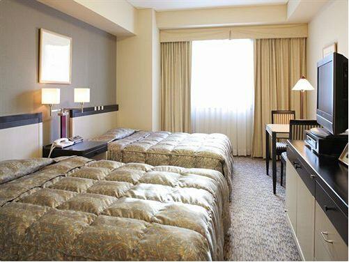 http://img03.jpyoo.com/Hotel/2015/6/24/p19oifm5d8vr91ej39me1kgc18jv1k.jpg