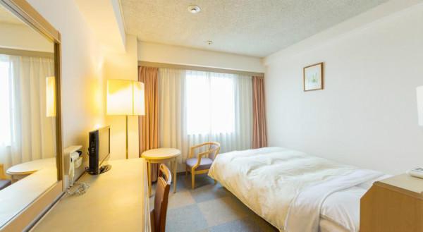 http://img03.jpyoo.com/Hotel/2015/6/26/p19oms9t821tokajldq311f29eb1b.jpg