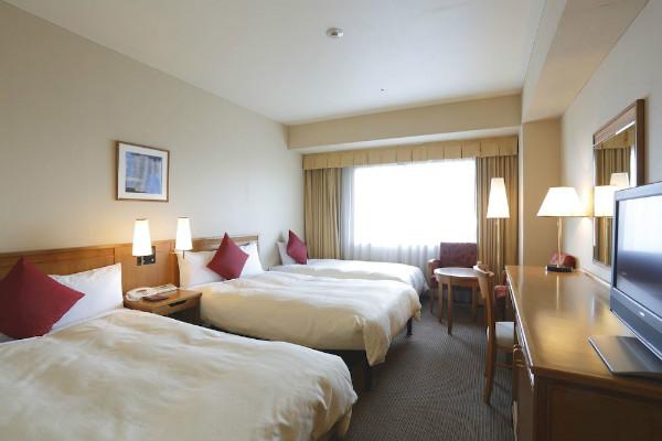 http://img03.jpyoo.com/Hotel/2015/6/29/p19ovbkngriit1buh13q51q213en1d.jpg