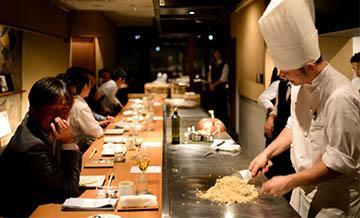 京都伊藤餐厅(ITOH DINING KYOTO)京町家内用神户牛铁板烧晚餐